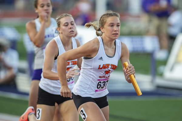 Action Shots from 2021 IHSAA Girls State Track Meet on June 5, 2021 at in Indianapolis, IN. (Credit Image: Chad Williams)