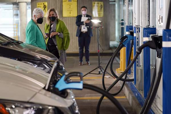 Associated Press The automobile industry is working to shorten recharging times for electric cars from hours to minutes.