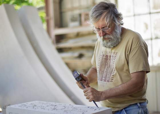 Courtesy photos Hoosier artist Dale Enochs will install a large sculpture outside Fort Wayne Museum of Art this summer.