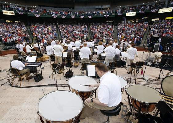 File  Fort Wayne Philharmonicwill perform a concert in its Patriotic Pops series on Saturday at Parkview Field.