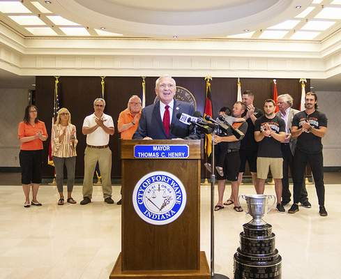 """Katie Fyfe   The Journal Gazette  Mayor Tom Henry proclaimed July 8th """"Fort Wayne Komets Day"""" in the City of Fort Wayne at Citizens Square on Thursday."""