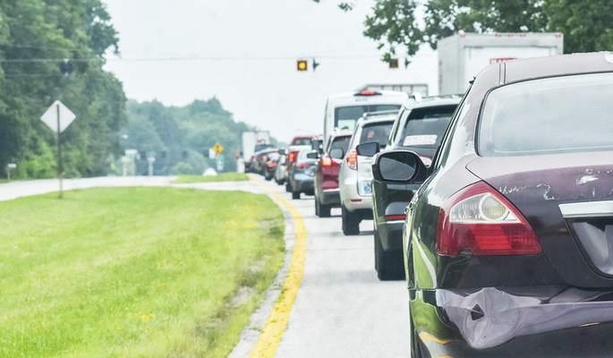 Katie Fyfe   The Journal Gazette  Traffic backs up along Jefferson Boulevard after a crash on Interstate 69 at the 304 mile marker where police shut down both northbound lanes at the Jefferson exit on Thursday.