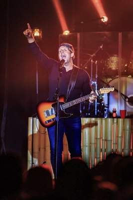 Courtesy Billy Currington will perform tonight at Clyde Theatre.