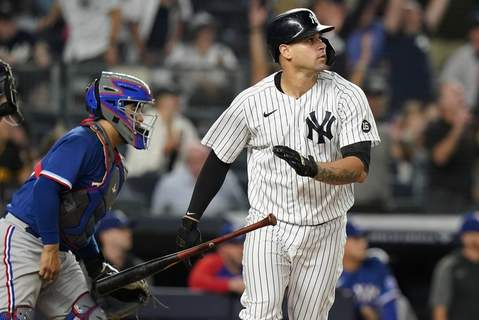 Rangers Yankees Baseball New York Yankees' Gary Sanchez flips his bat after hitting a two-run home run during the eighth inning of a baseball game against the Texas Rangers Wednesday, Sept. 22, 2021, in New York. (AP Photo/Frank Franklin II) (Frank Franklin II STF)
