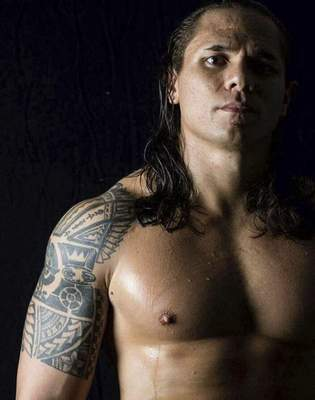Anthony Toatele will compete at Heroes and Legends XV against Elijah Burke for the heavyweight and Legends championships. Toatele, the son of a Samoan mother, continues a long line of professional wrestlers of Samoan heritage experiencing success in the ring.