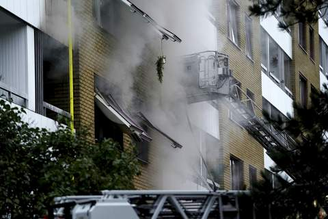 Sweden Explosion Smoke billows from an apartment building after an explosion in Annedal, central Gothenburg, Sweden, Tuesday Sept. 28, 2021. (Bjorn Larsson Rosvall/TT via AP) (Bjorn Larsson Rosvall SUB)