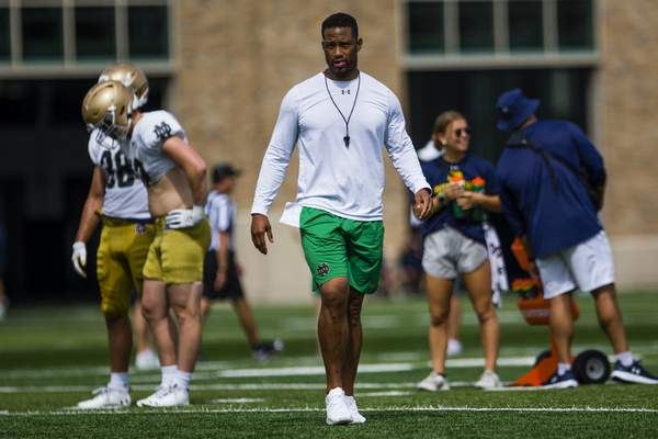 Associated Press  Notre Dame defensive coordinator Marcus Freeman served in the same role with the Cincinnati Bearcats from 2017 to 2020. He faces his former team today in South Bend.