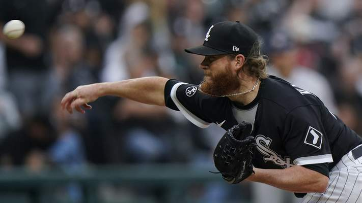 Chicago White Sox relief pitcher Craig Kimbrel throws against the Houston Astros in the eighth inning during Game 4 of a baseball American League Division Series Tuesday, Oct. 12, 2021, in Chicago. (AP Photo/Nam Y. Huh)