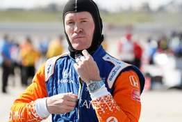 Associated Press  Scott Dixon, seen here at the Iowa Speedway in July, enters Sunday's IndyCar season finale in St. Petersburg, Florida, with a 32-point lead over reigning series champion Josef Newgarden.